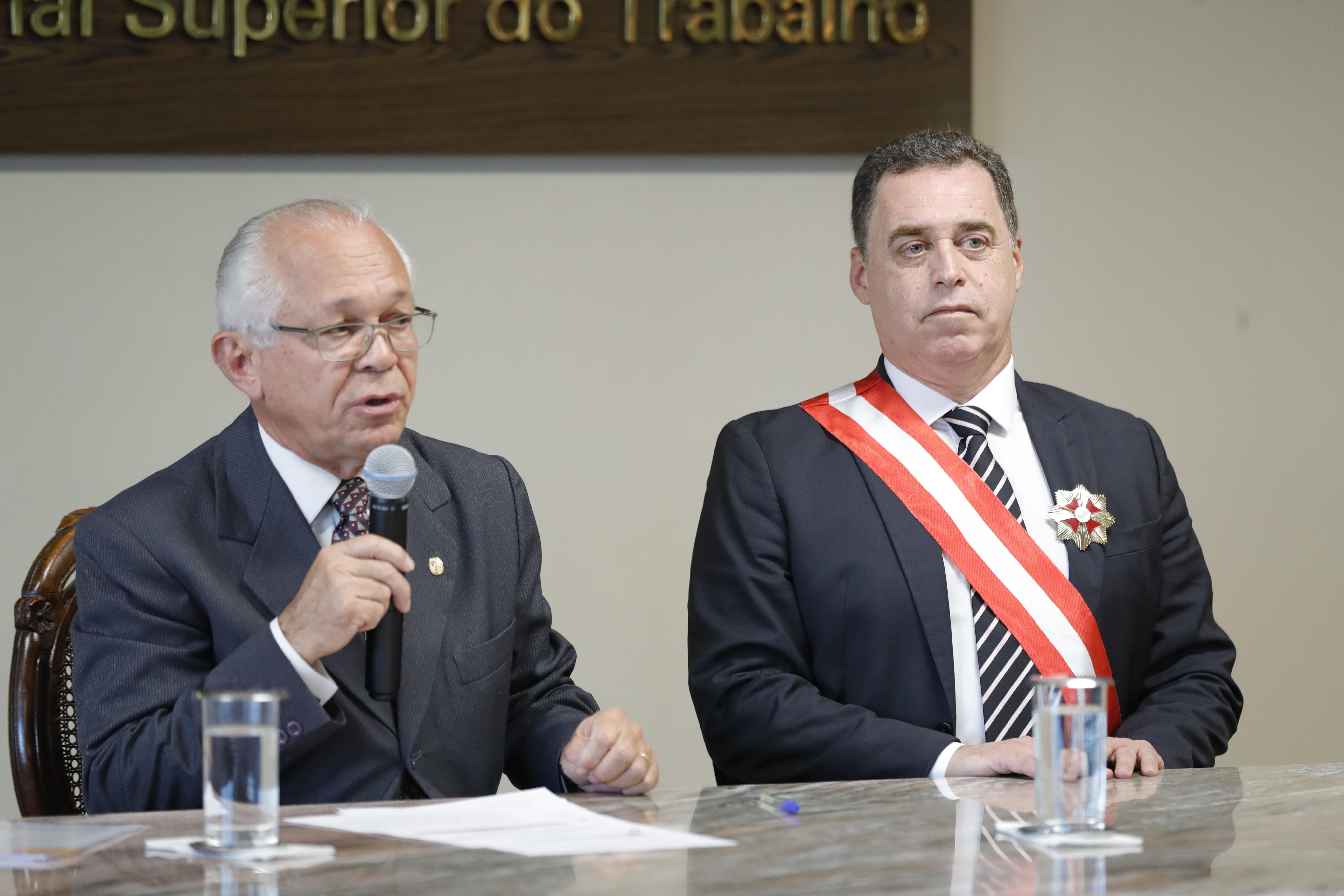 Evandro Pereira Valadão Lopes toma posse no cargo de ministro do TST